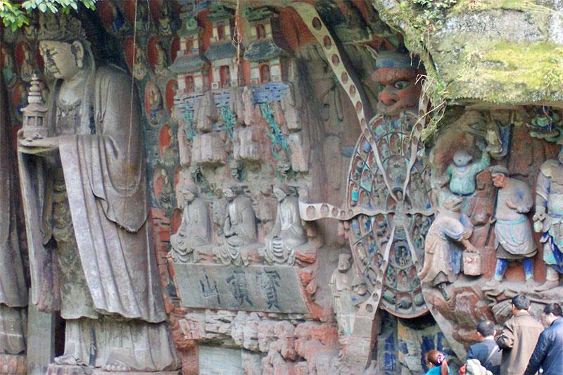 incisioni rupestri di Dazu