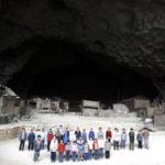 Il villaggio in una grotta in Cina