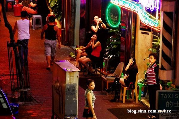 hong-kong-red-light-district-10