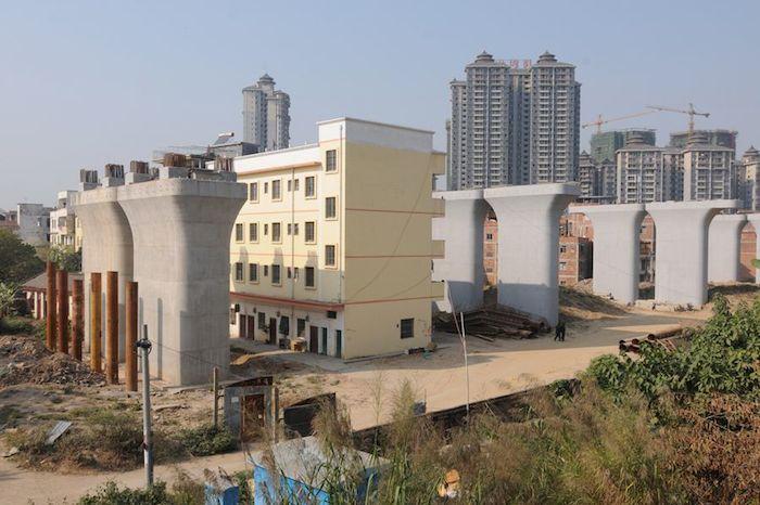 000nailhouse-errori architettonici in Cina