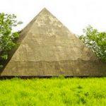 Le piramidi incompiute di Wuhan