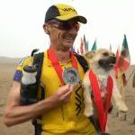 Un maratoneta australiano porterà a casa un cane randagio che lo ha seguito per 125 km