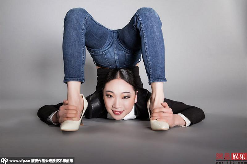 012liu-teng-la-contorsionista