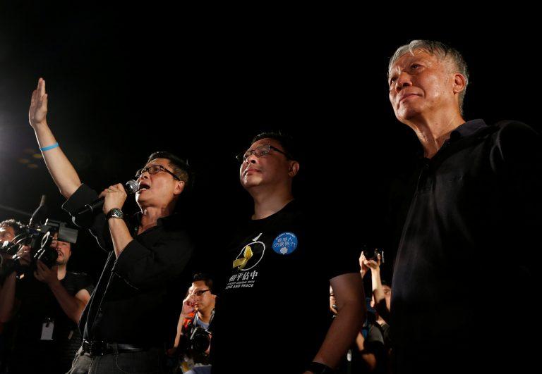 Secondo Joshua Wong, leader dell'Umbrella Movement, oggi verranno arrestati numerosi capi del movimento