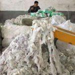 Una fabbrica cinese realizzava pannolini per adulti riciclando quelli usati