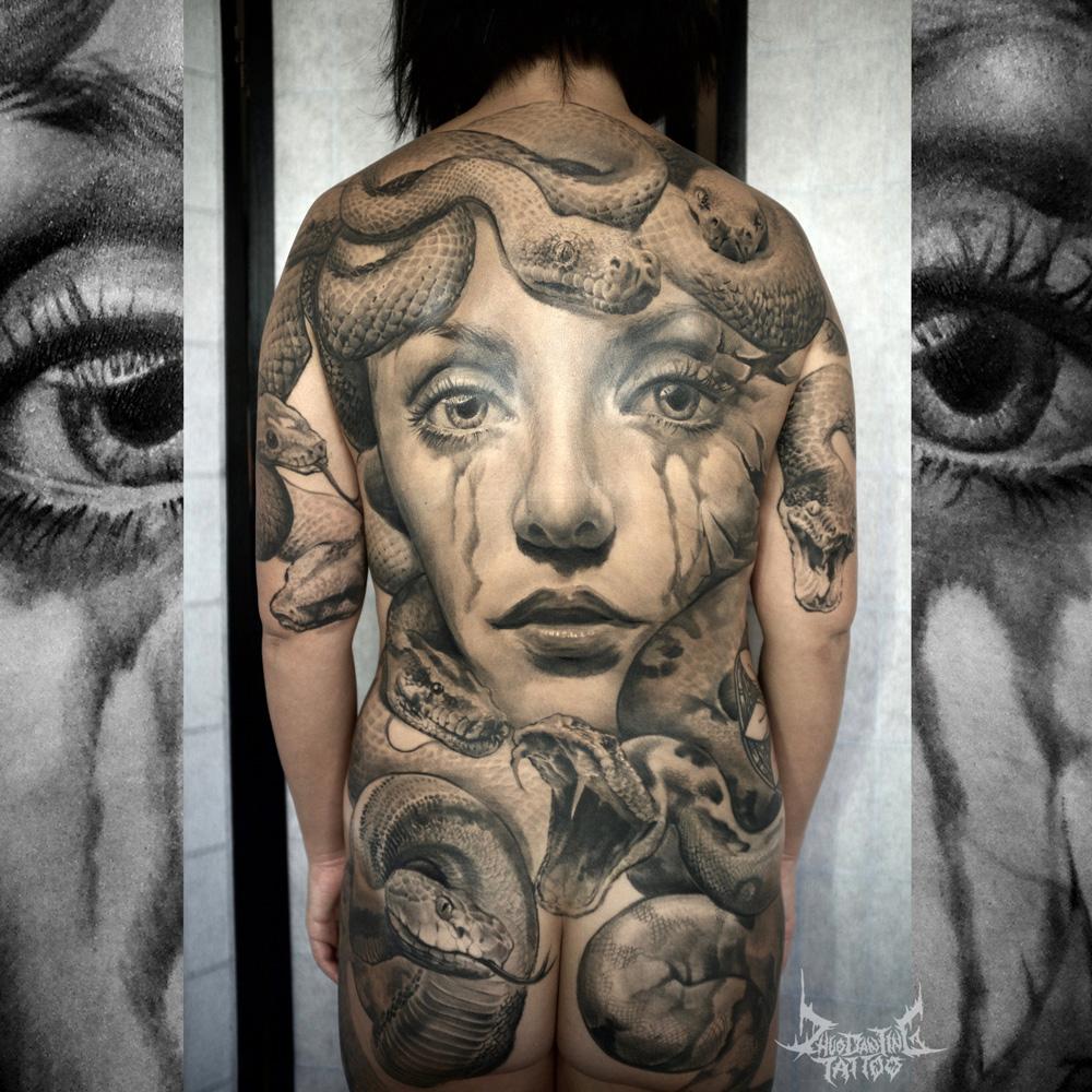 Zhuo Dan Ting tatuatrice cinese