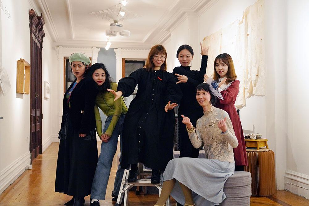 023-Meng-Du-Embers-opening,-Fou-Gallery-team-photo,-Lin-Jing,-Yilan-Wang,-Meng-Du,-Jingxin-Hu,-Sybil-Peng-and-Echo-He