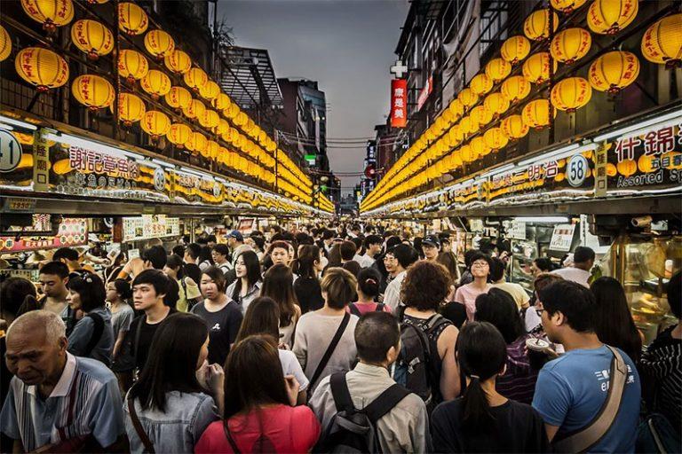 La Cina modifica una legge per incoraggiare gli investimenti da Taiwan, poco prima delle elezioni