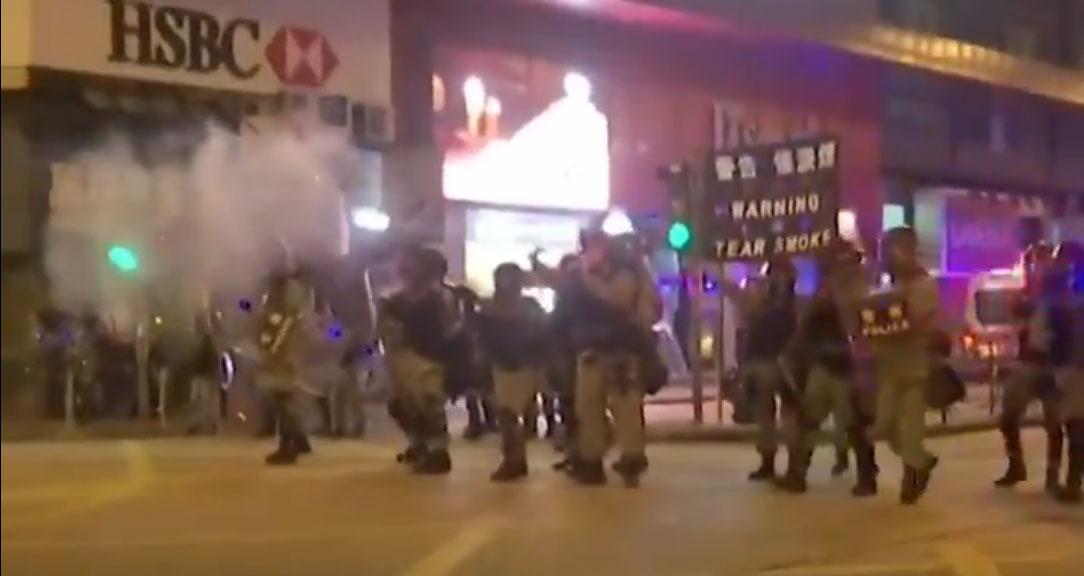 Hong Kong Manifestanti Arrestati