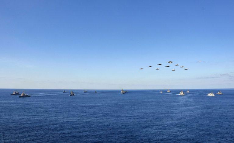 Gli Stati Uniti rafforzano il fronte anti-cinese in Asia con accordi militari con India ed esercitazioni navali con il Giappone