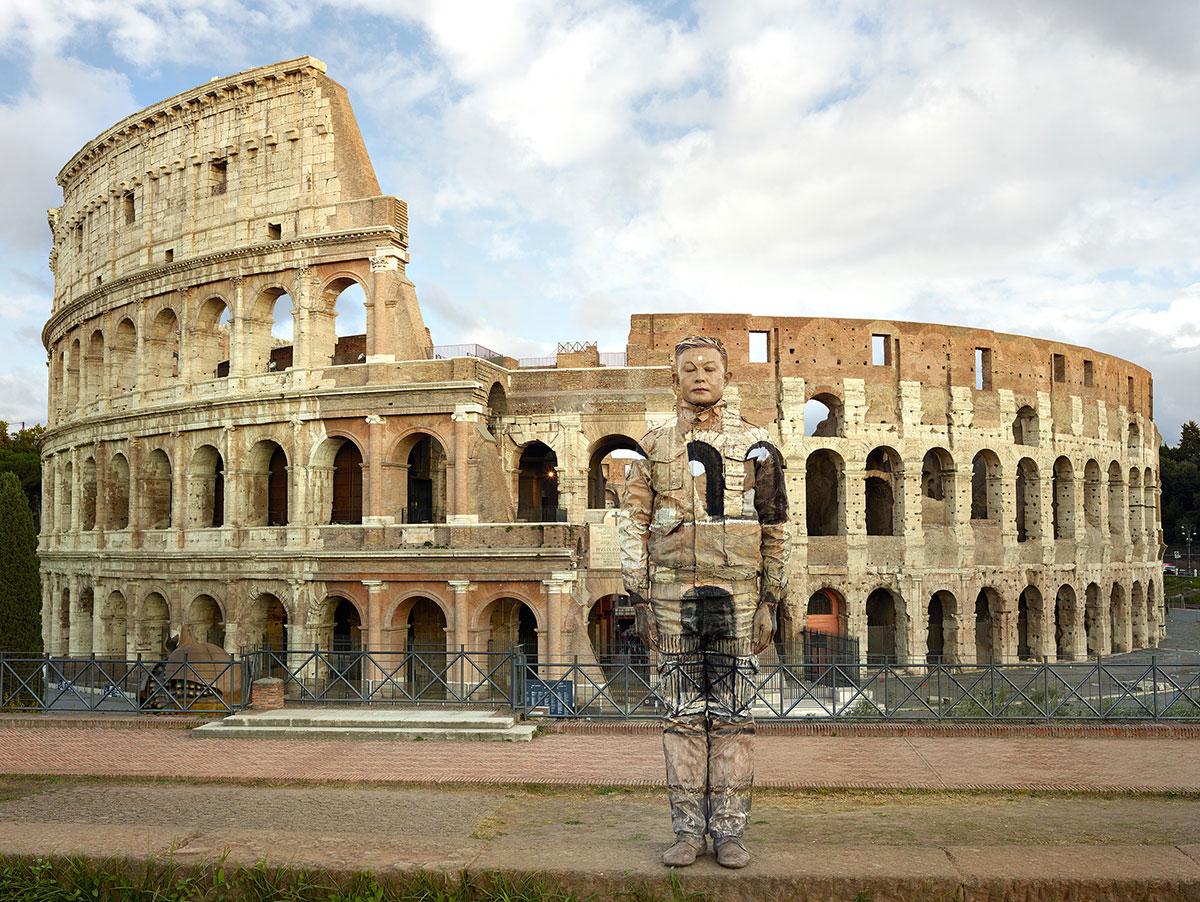 Colosseo No.2 (Photographs /2017), © Liu Bolin